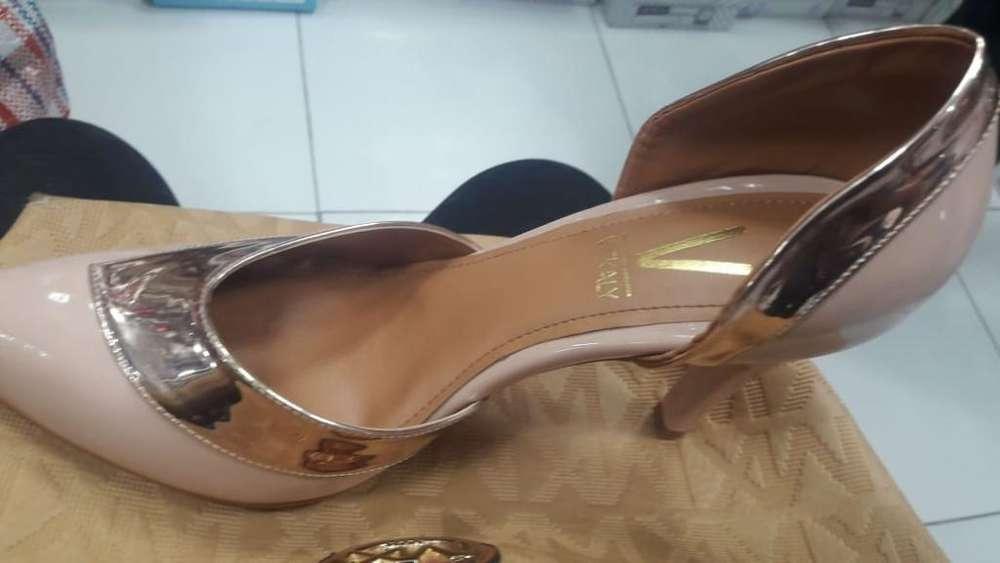 Zapato de Fiesta Talla 39