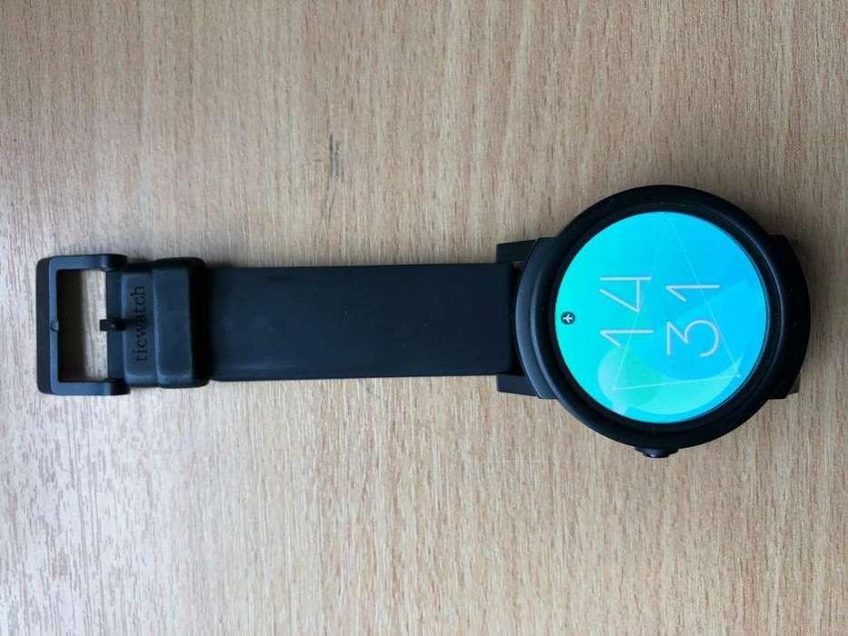 Smartwatch Ticwatch E