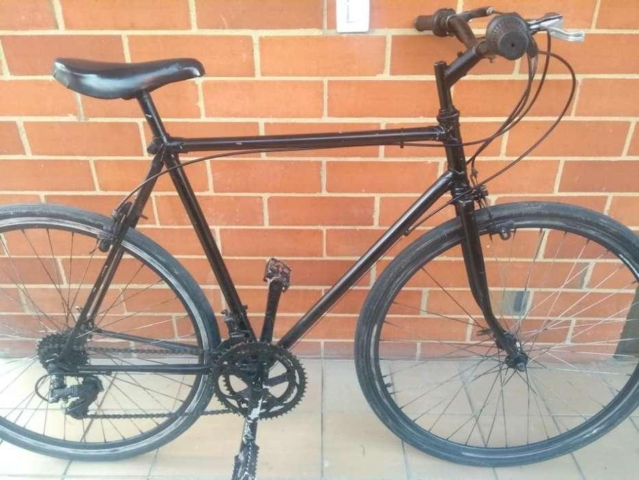 Bicicleta Semi Carrera de Ruta