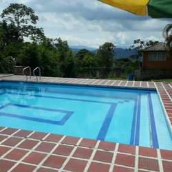 Alquilo Casa Campestre en La Cumbre
