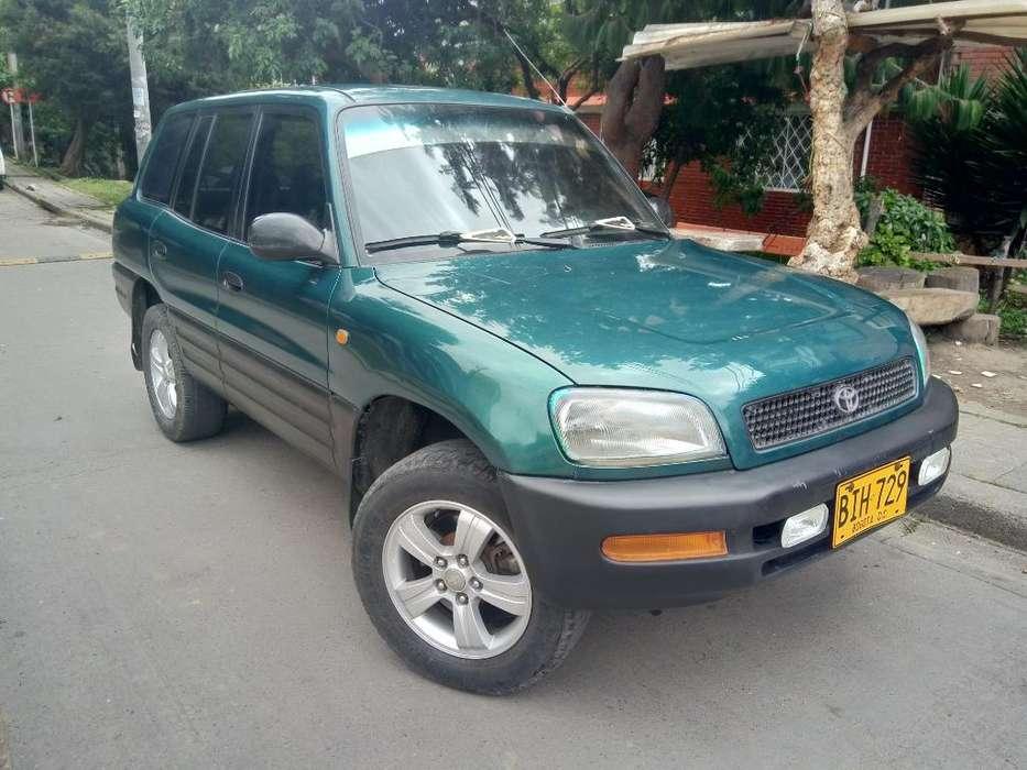 Toyota RAV4 1997 - 220000 km