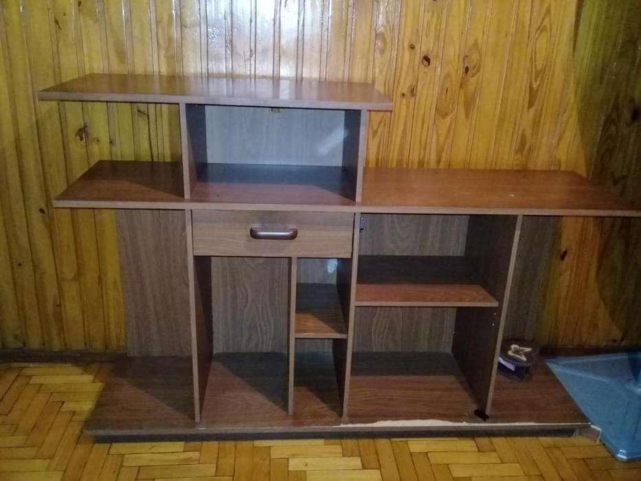 Mueble Rack para TV y Equipo de Sonido