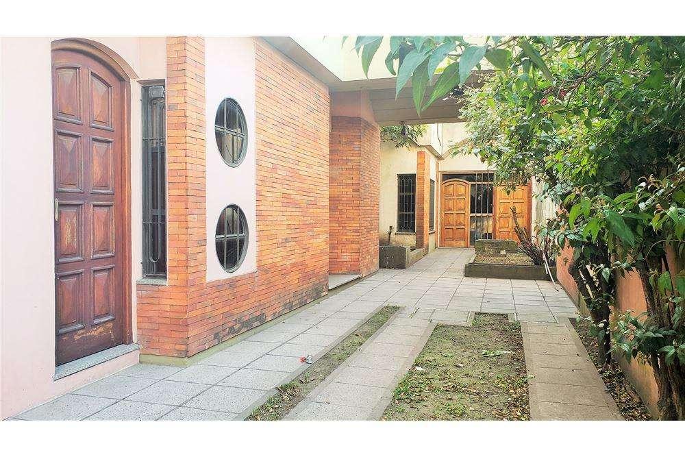 Casa ideal 3 familias - Lote de 9,29 x 46 mts