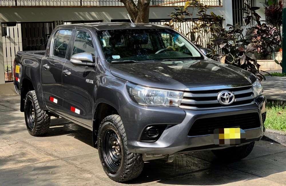 Toyota Hilux 2016 - 38000 km