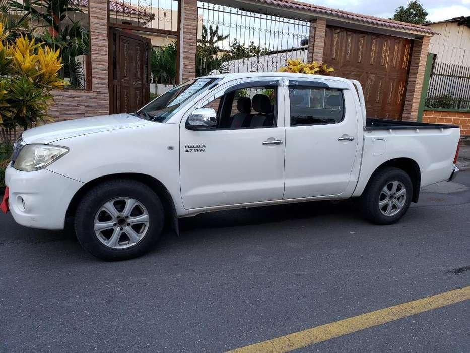Toyota Hilux 2011 - 171000 km