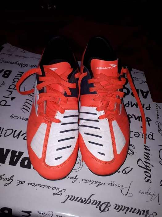 Botines Penalty Talle 42