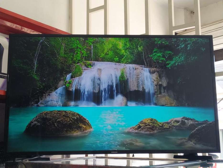 Vendo Tv Samsung 48 Smart Tv