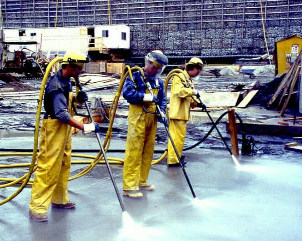 Limpiezas Industriales con Ultra Presion