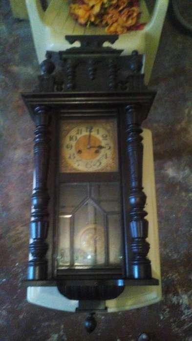 MOTIVO DE <strong>venta</strong> VIAJE Y MUDANZA reloj de pared antiguo