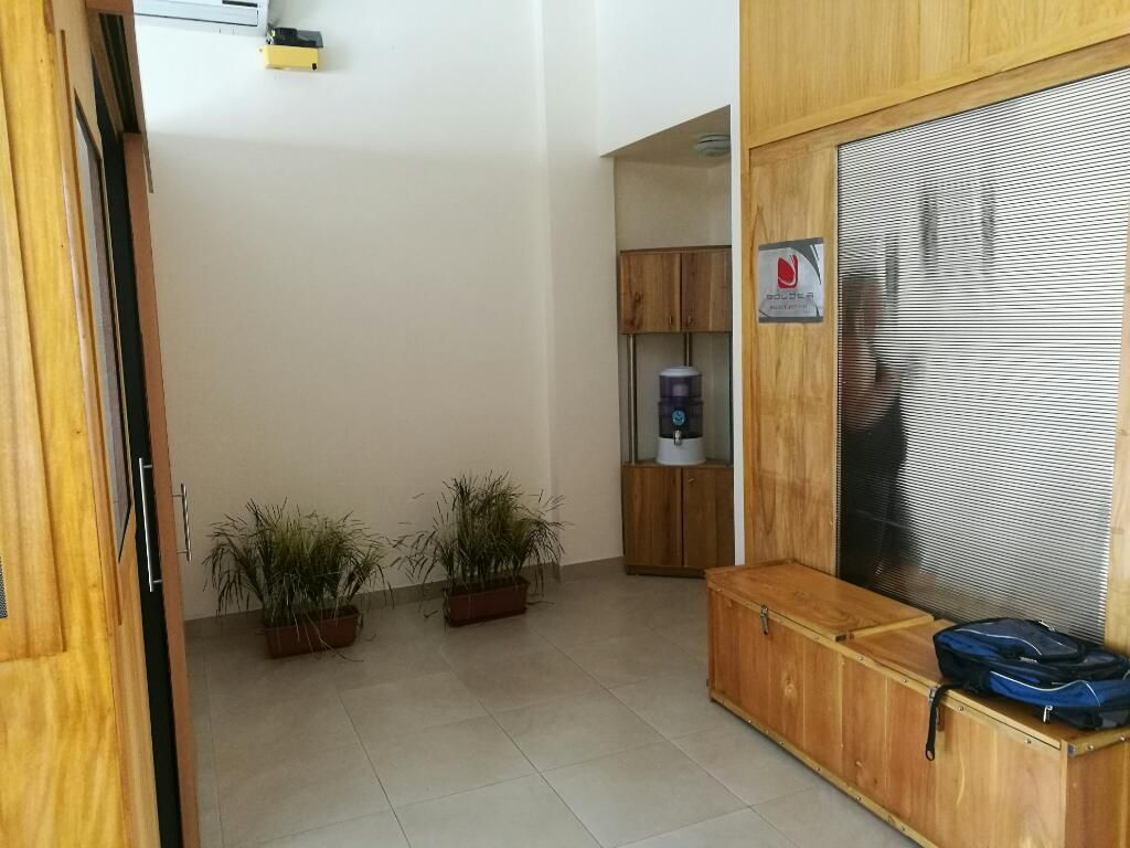 Venta de Oficina en C.C Costalmar, Via a la Costa