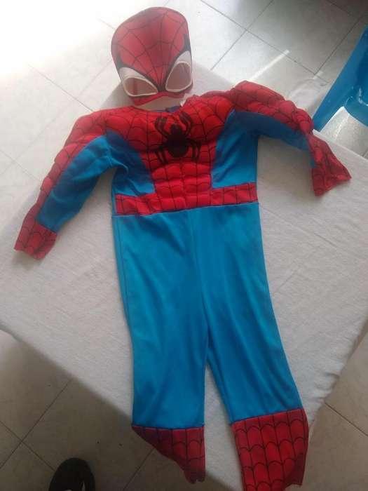 Se vende disfraz spiderman niño 2 años