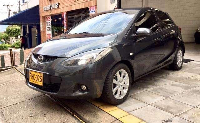 Mazda 2 2009 - 140000 km