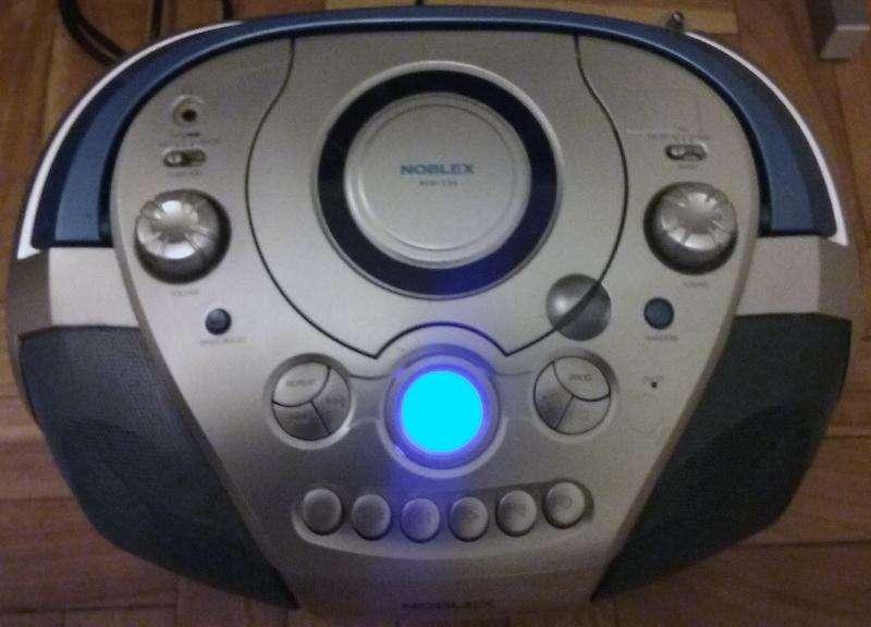 Radiograbador Noblex Rcd139 cassette / Cd / Radio Amfm