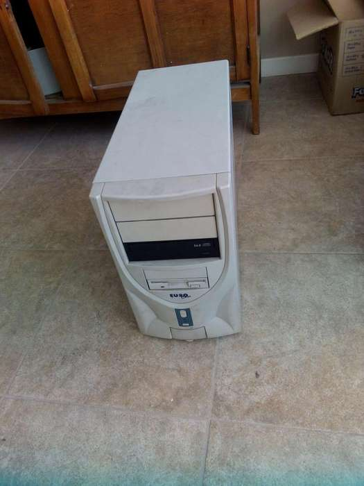 <strong>pc</strong> completa Pentium 4