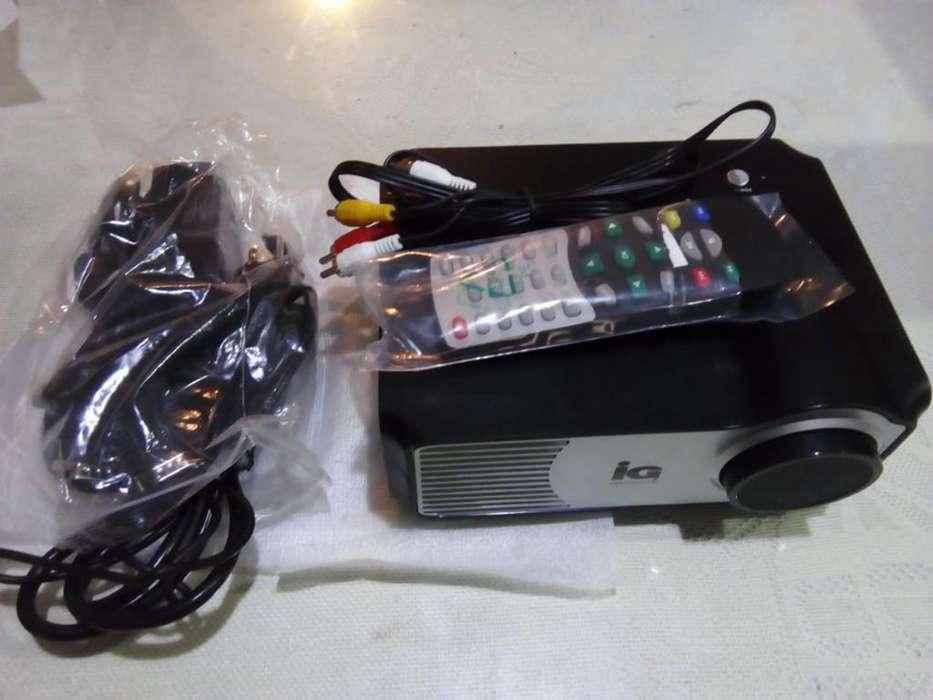 Mini Proyector con Telón para Proyectar