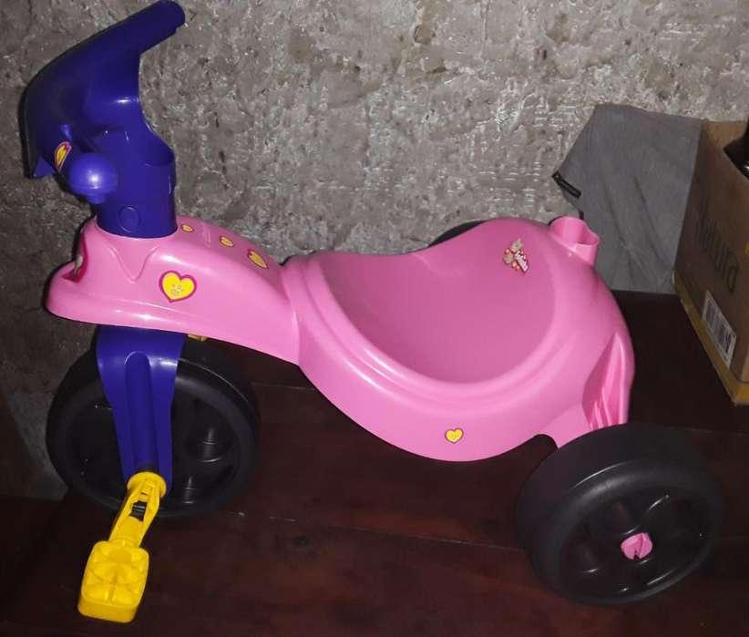 Triciclo Infantil con Manija
