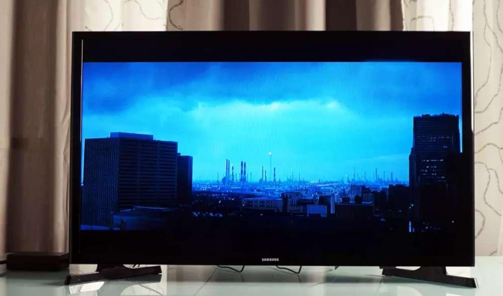 Televisor Samsung 32 Led ultra delgado, 3kg