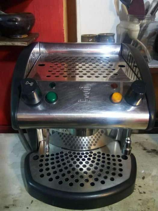 Vendo <strong>cafetera</strong> Industrial de Un Grupo O