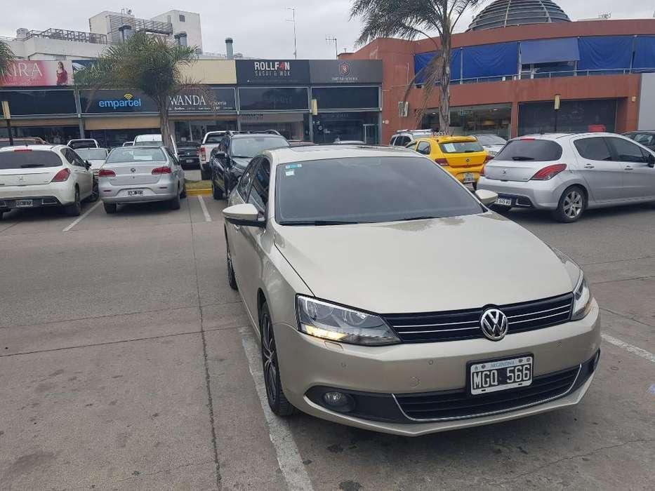 Volkswagen Vento 2013 - 102000 km