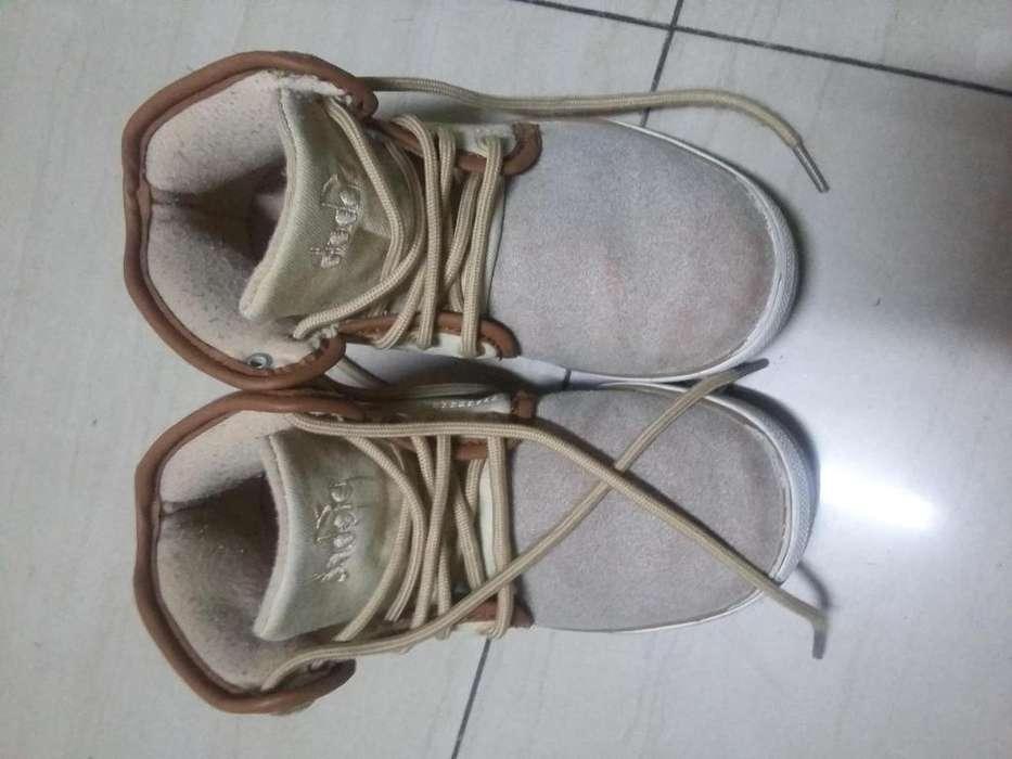 Vendo zapato de nio diadora talla 31