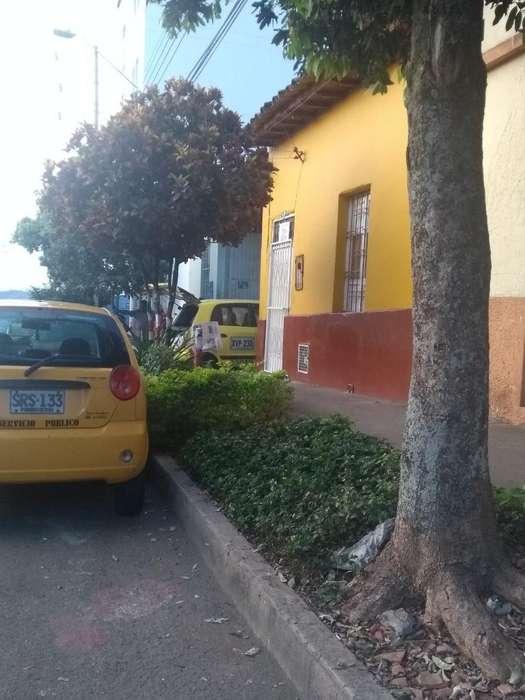 Vendo Casa Lote Barrio Comuneros