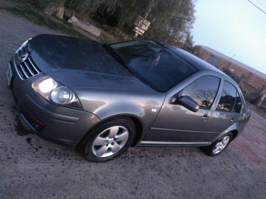 Volkswagen Bora 2011 - 145000 km