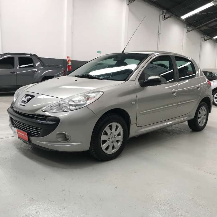 <strong>peugeot</strong> 207 Compact 2010 - 186000 km