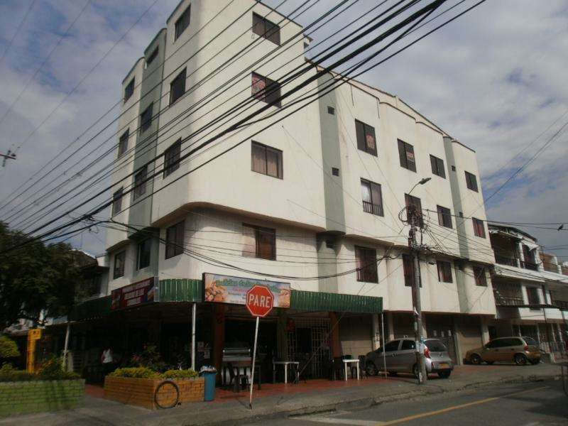 Apartamento En Arriendo En Cali Los Cámbulos Cod. ABMTB2405