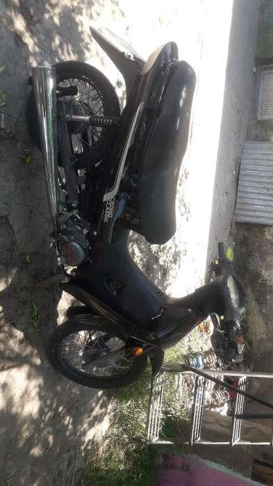 Vendo Moto 110 Keller