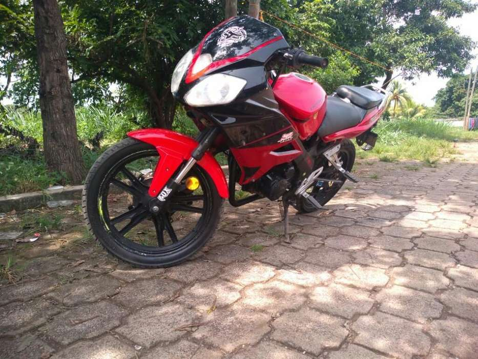 Vendo Freedom 150 Medelo 2014