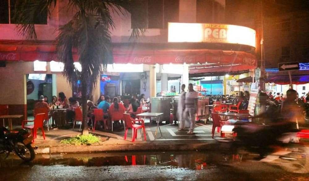 Vendo Restaurante bar (Pizzas-comidas Rápidas) en Parque Ortiz Apartadó Antioquia Urabá