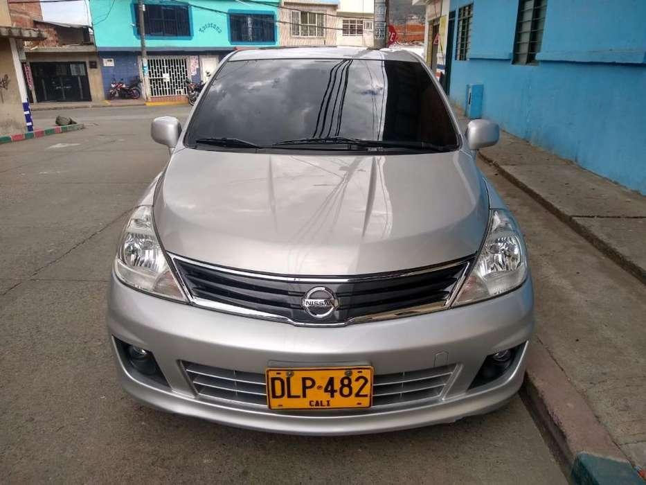 Nissan Tiida 2012 - 97700 km