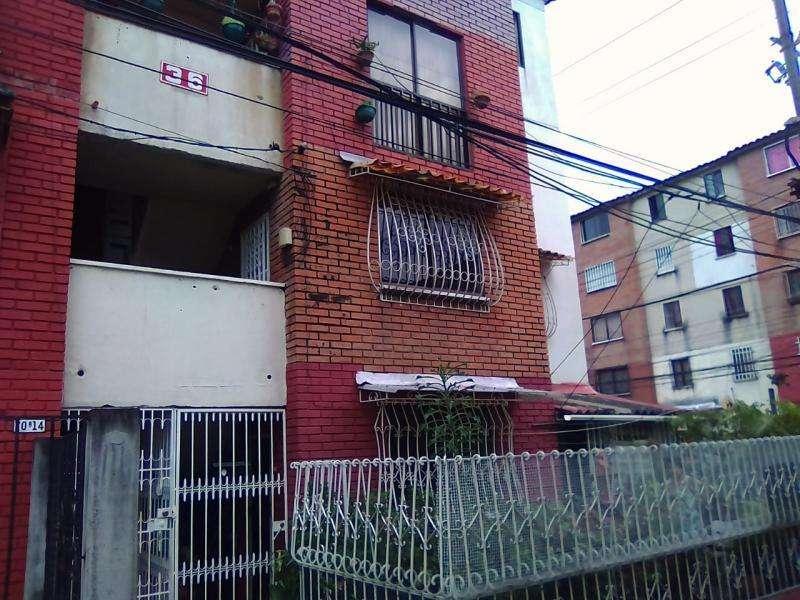 Apartamento En Arriendo En Cali Los Alcázares Cod. ABKWC-9538