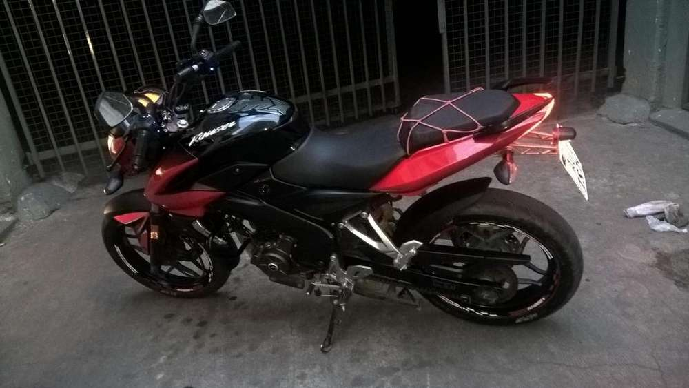 ROUSER 200, IMPECABLE