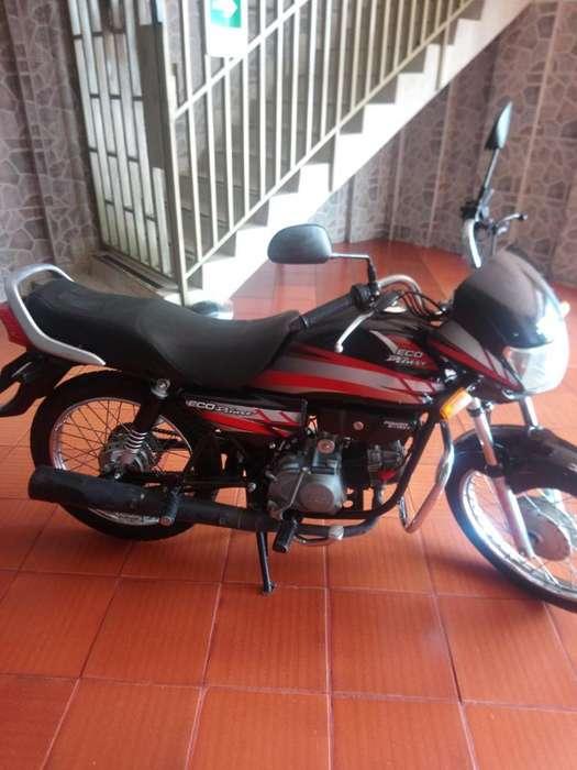 Vendo Moto Honda Eco Deluxe