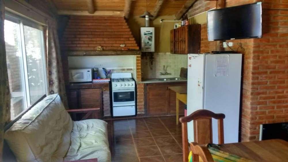 rm57 - Cabaña para 4 a 8 personas con pileta y cochera en Juana Koslay