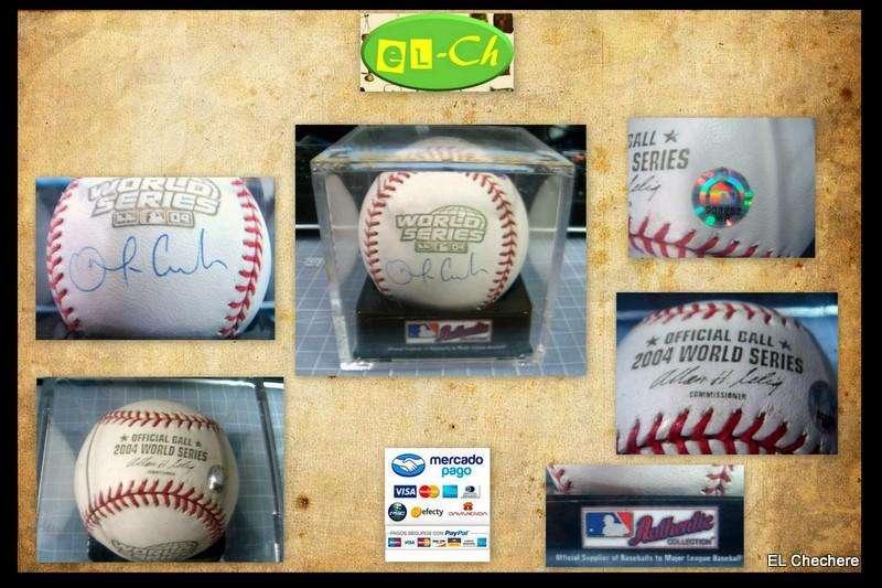 Bola firmada por Orlando Cabrera en la serie mundial del 2004 Boston Red Sox