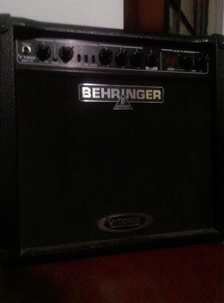 Amplificador Guitarra Beringher