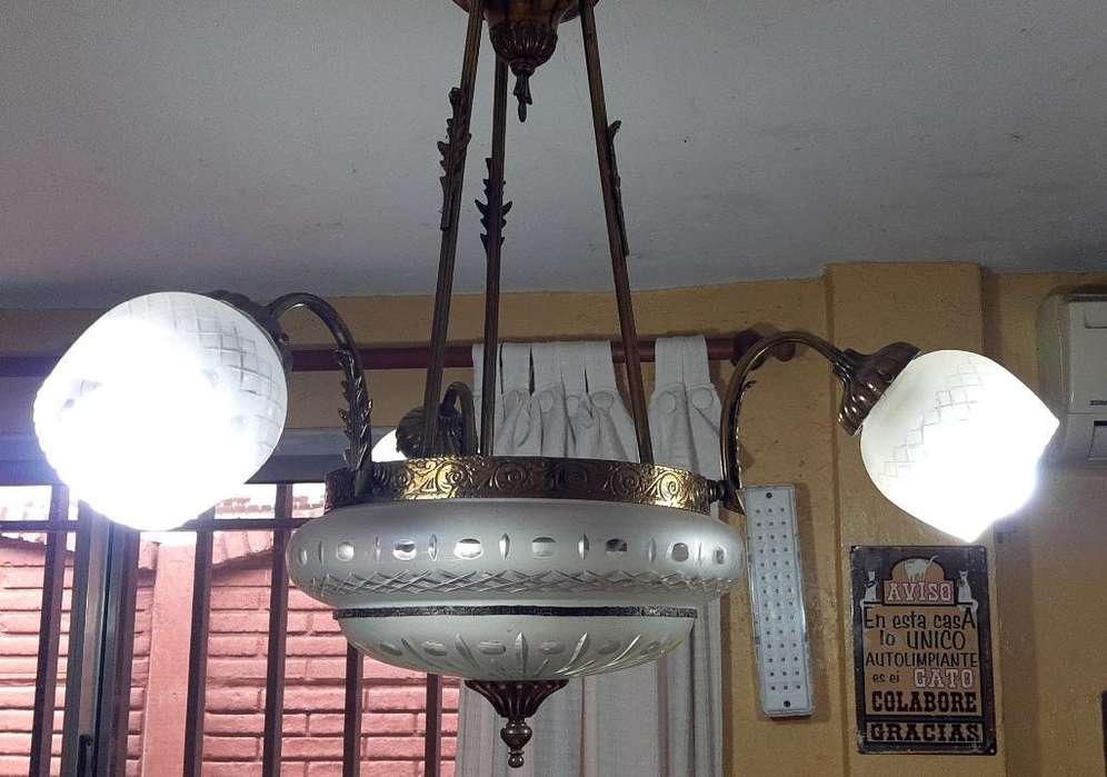 Araña. Lámpara de Techo de Bronce