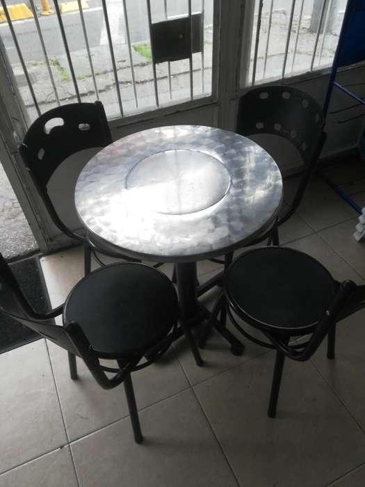 Se Venden 2 Juegos de Mesas con <strong>sillas</strong>