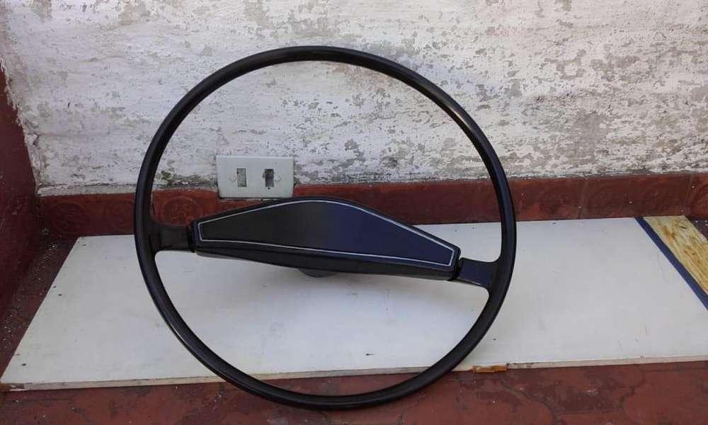 vendo volante con chaveta original kombi muy bueno 1800