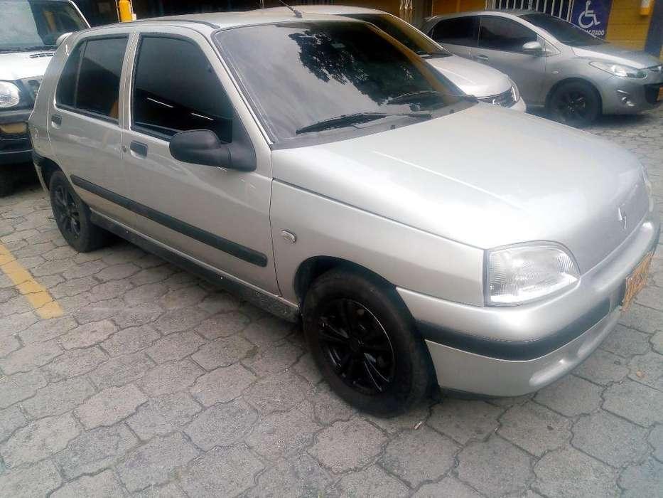 Renault Clio  1997 - 253000 km