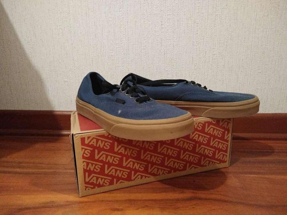 Vendo Zapatillas Vanz Color Azul