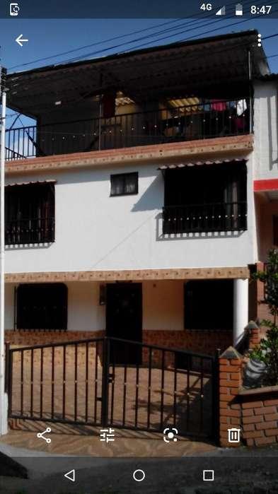 Vendo Casa Ermosa 4 Alcobas Sala Comedor