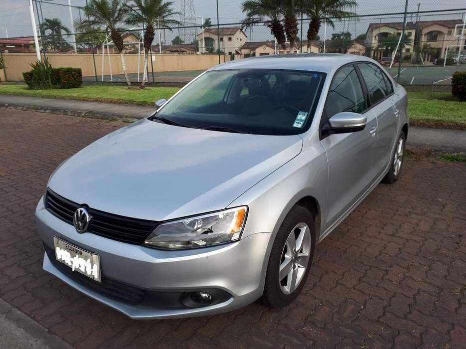 Volkswagen Jetta 2014 - 110000 km