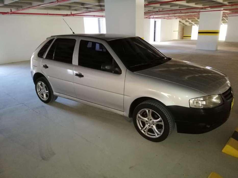 Volkswagen Gol 2006 - 180000 km
