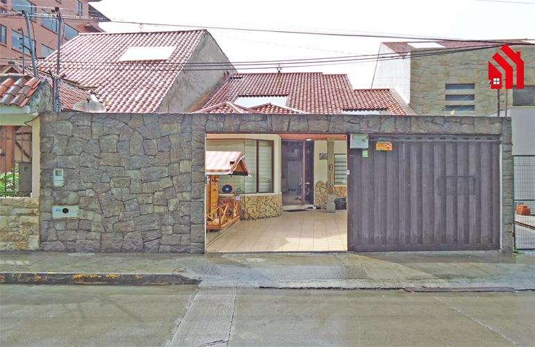 P1147 l Hermosa Casa en Venta Ubicada en el Sector