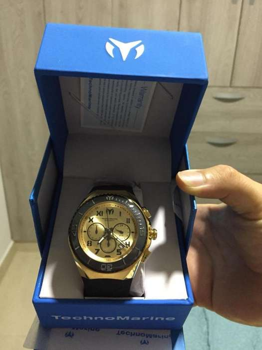 Reloj Technomarine Nuevo