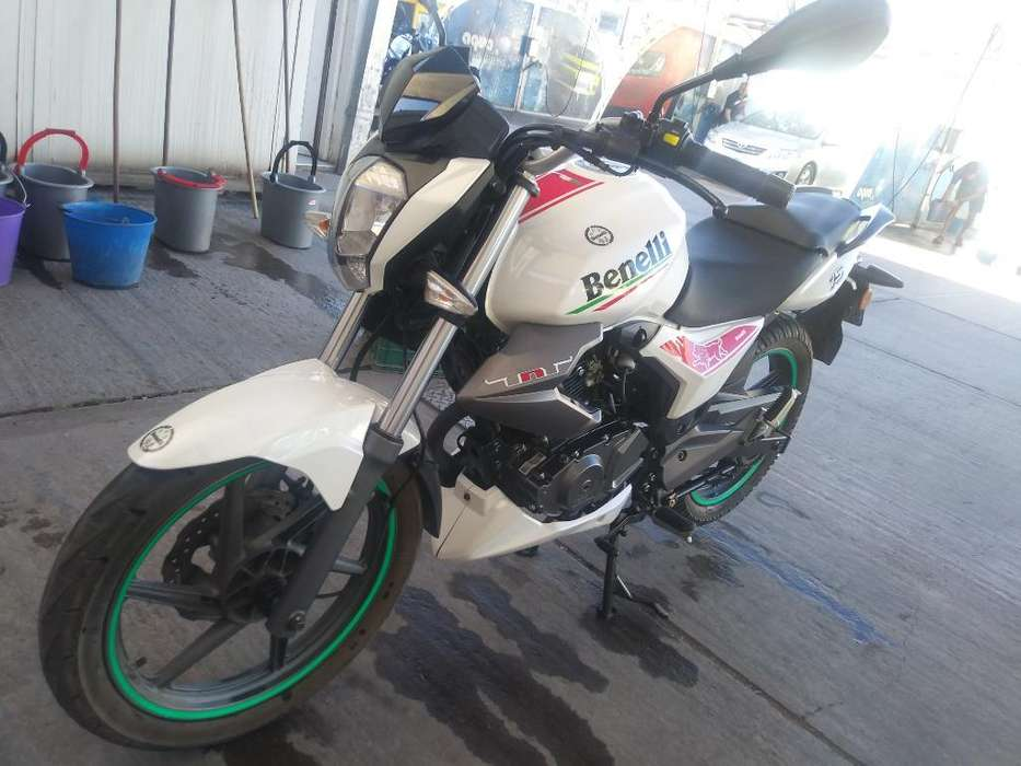 Moto Benelli Tnt 15