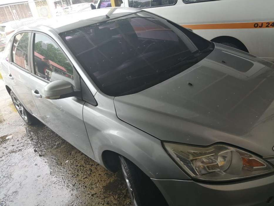 Ford Focus 2009 - 83762 km